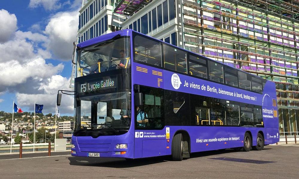 Plus de gens dedans, moins de trafic : Rouen teste le bus à étage londonien