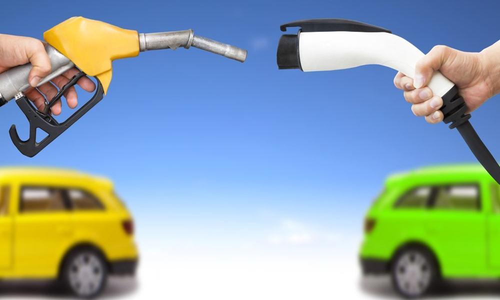 Breaking news : les voitures électriques moins chères que les essences d'ici 2025
