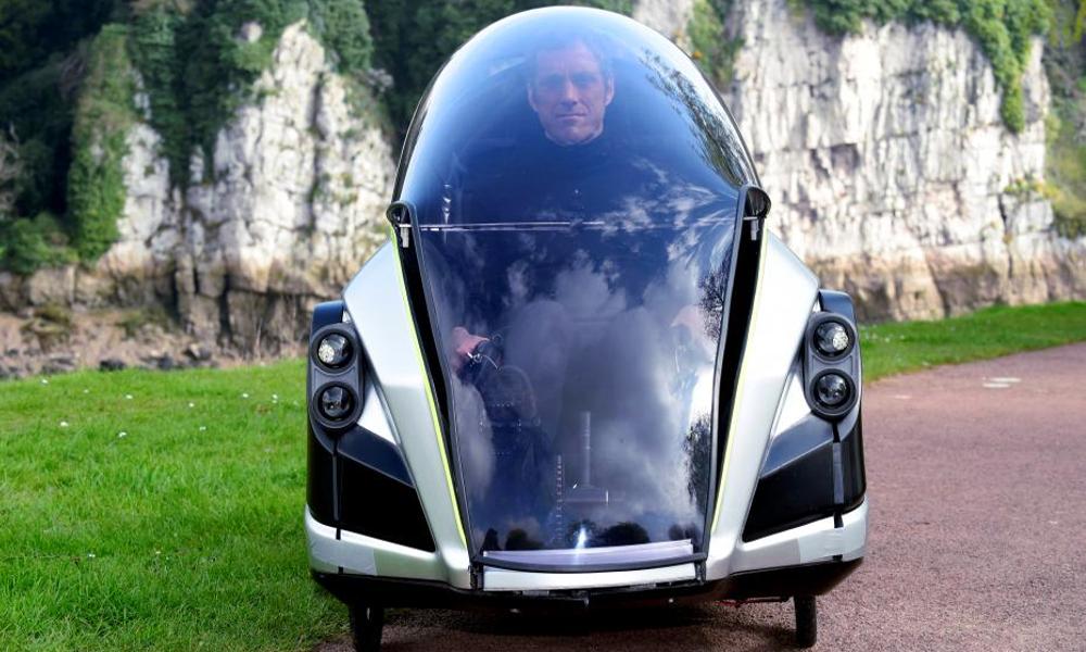 30 ans après son invention, cette voiture électrique à pédale est enfin en vente