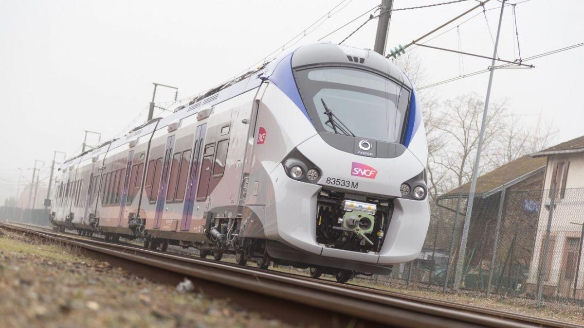 C'est officiel, la SNCF passe aux moteurs hybrides