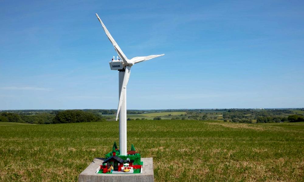LEGO commercialise une éolienne en plastique végétal