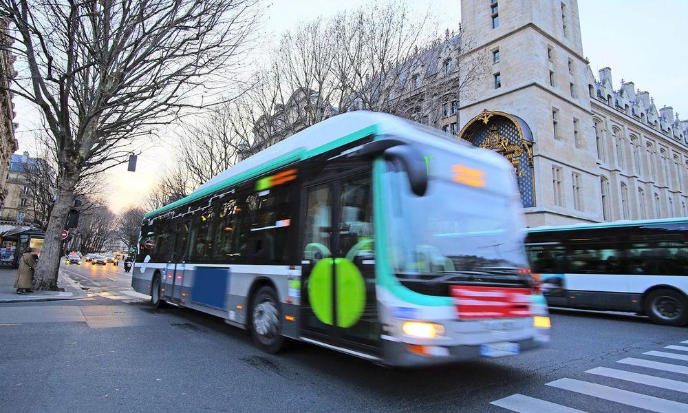 Chaud devant : les bus sans chauffeur débarquent à Paris en 2019
