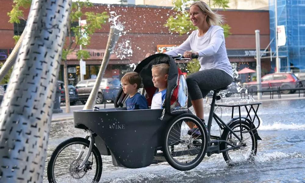 Ce vélo se transforme en poussette en 10 secondes