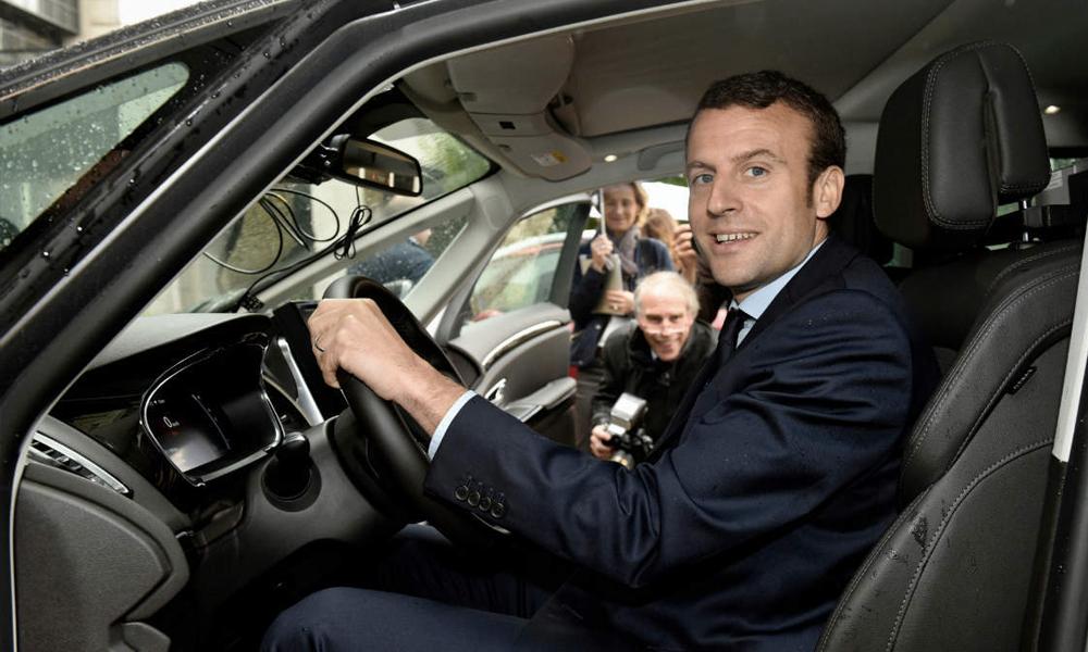 Selon Macron, le prix du permis de conduire va «drastiquement baisser»