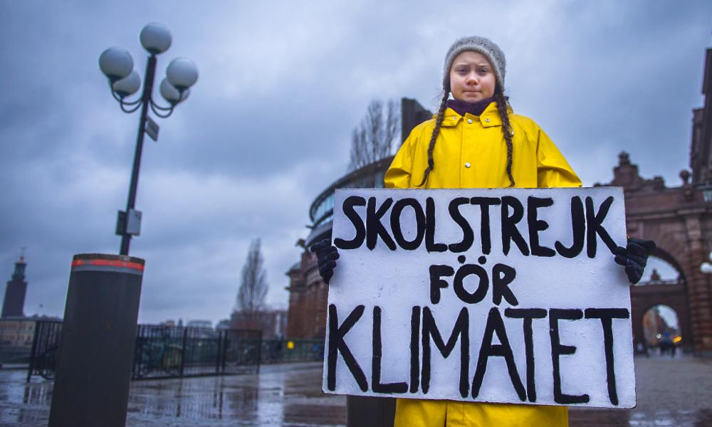 À 15 ans, cette Suédoise devient le symbole du combat contre le réchauffement climatique