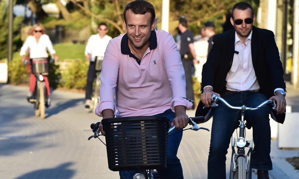 Emmanuel Macron demande à l'Europe une statégie pour les batteries électriques
