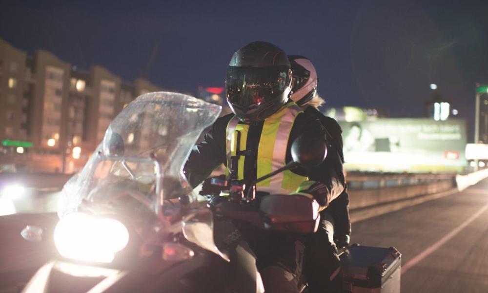 Pour Noël, la Sécurité routière offre un airbag aux motards