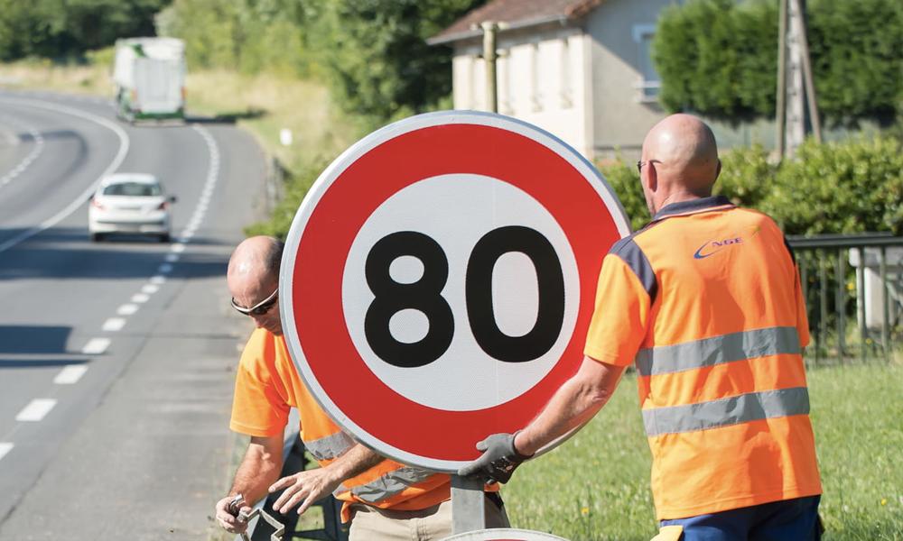 La limitation à 80km/h, à l'origine du mouvement gilet jaune, pourrait être supprimée