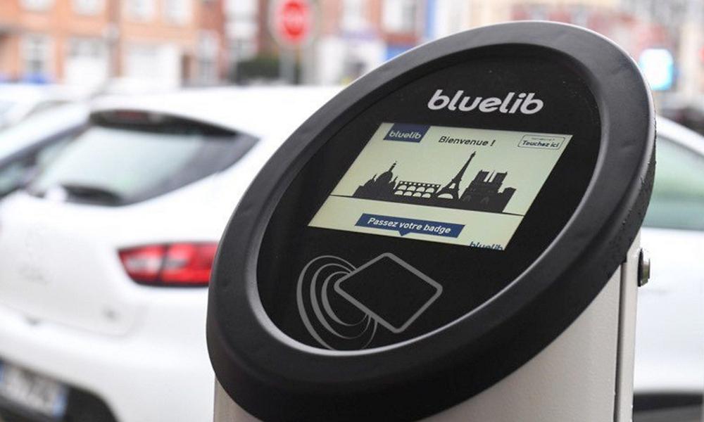 Bientôt 16 000 stations de recharge électrique en France grâce à Bluelib