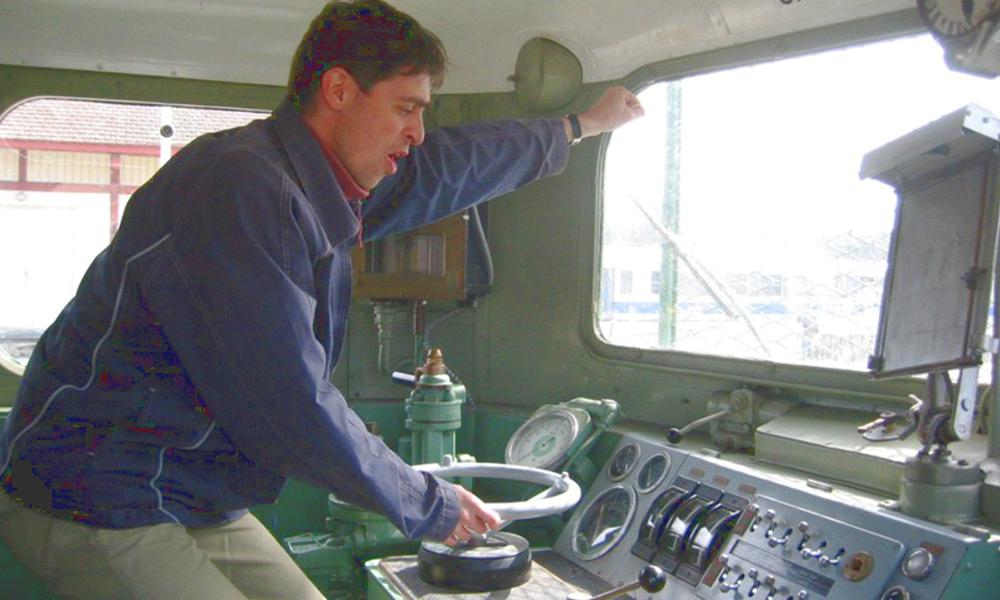 Chauffeur de train happy