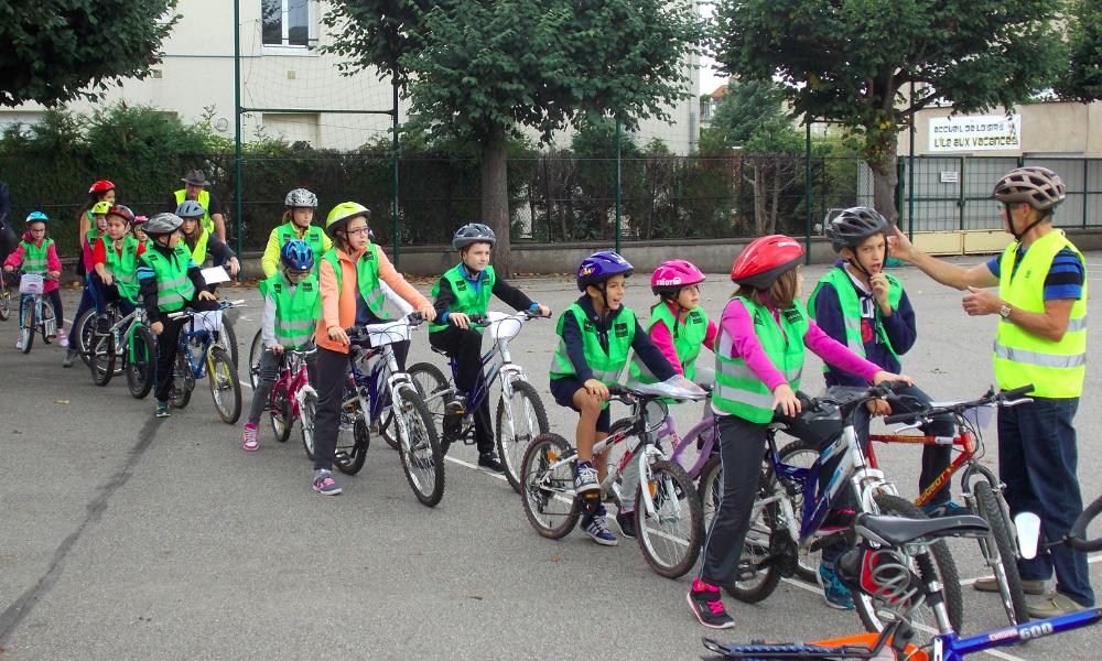 Cette ville va distribuer des vélos pour supprimer son car scolaire