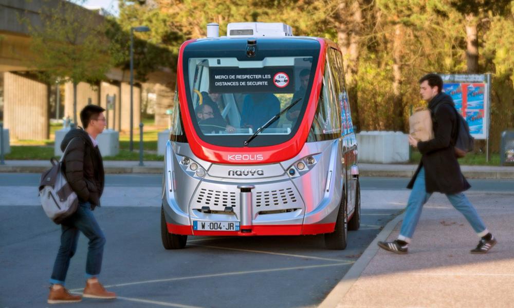 À Lille, les étudiants se déplacent déjà en navette autonome