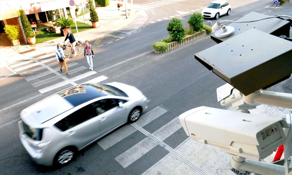 #BalanceTonAutomobiliste : sur Instagram, des piétonnes partent en guerre contre les chauffards
