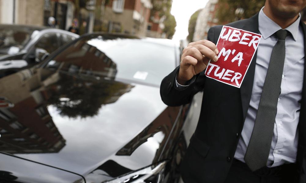 Uber définitivement interdit à Bruxelles : bientôt la même chose à Paris ?