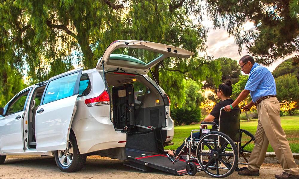 Ulysse, un service de transport 24h/24 pour les personnes à mobilité réduite