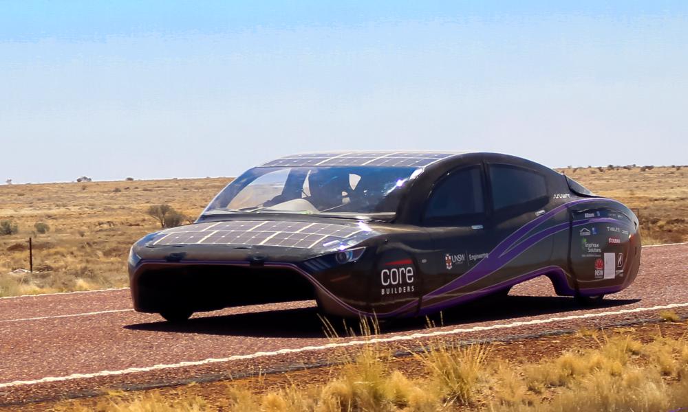 Voici la voiture solaire qui consomme le moins d'énergie au monde