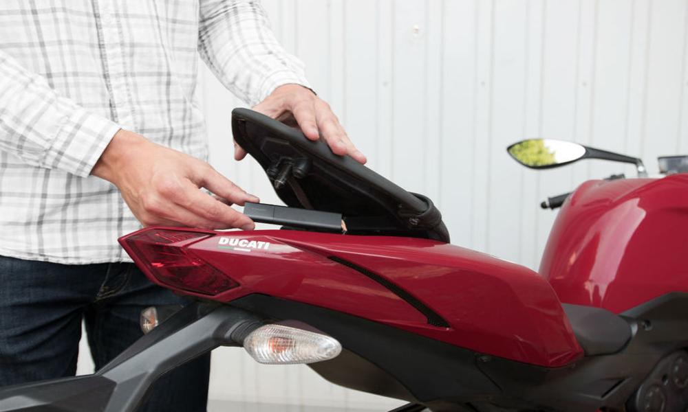 Avec ce tracker GPS, retrouvez le voleur de votre scooter devient un jeu d'enfant