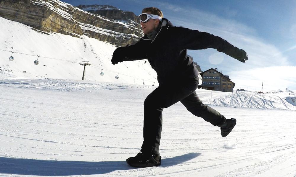 Patins ou snowboard ? Avec ces chaussures, vous faites les deux en même temps