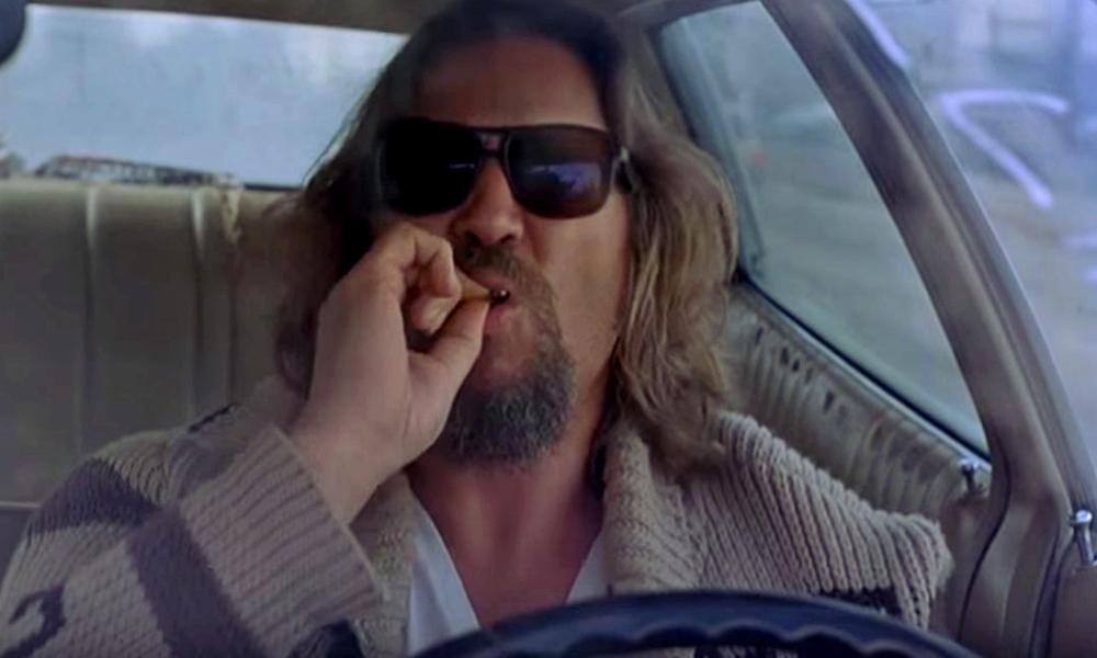 Job à pourvoir : on peut être payé pour fumer de l'herbe au volant