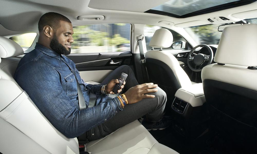 """Les voitures autonomes seraient """"racistes"""" : elles ne reconnaitraient pas les personnes noires"""