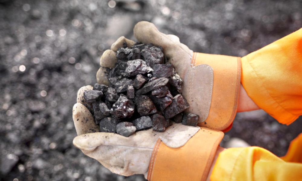 Des scientifiques réussissent à recycler l'air pollué en charbon