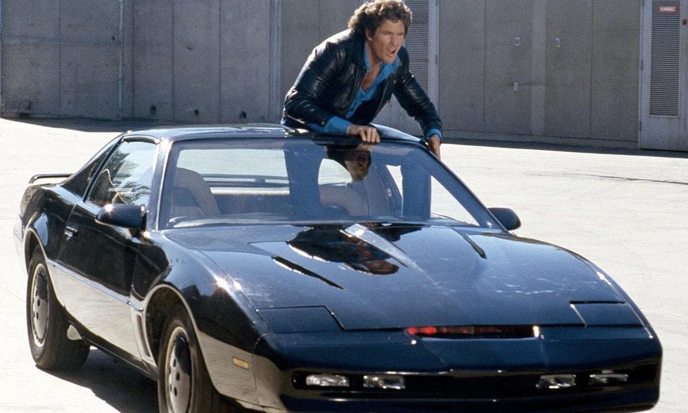 Bien avant la Google Car et la voiture autonome, il y avait K 2000