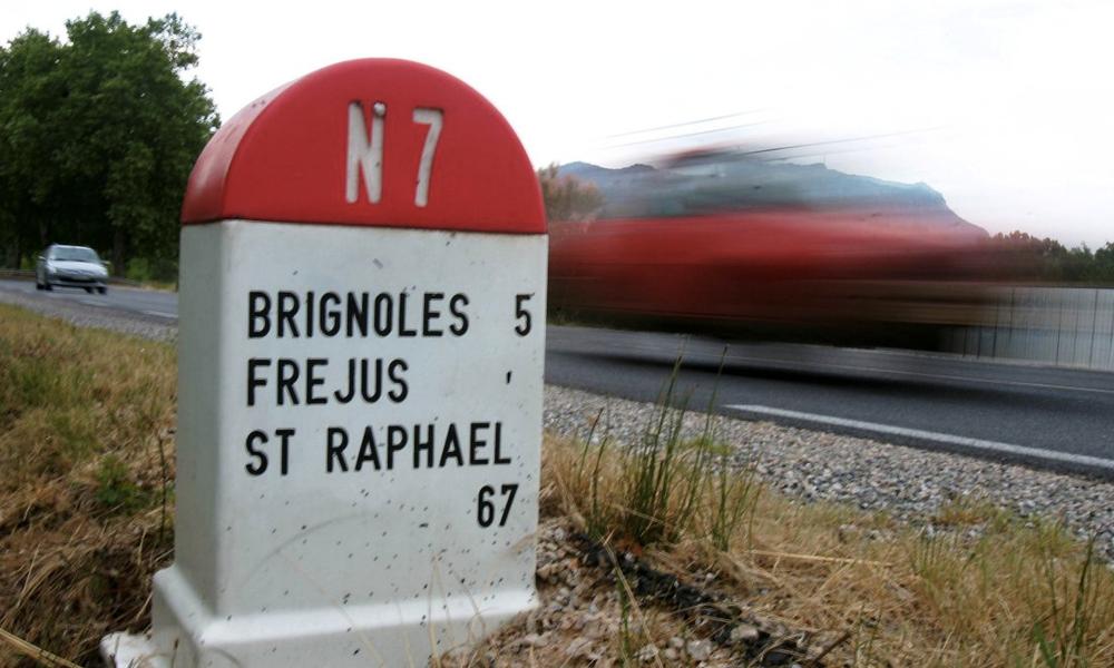 Tous à la caisse: les sociétés d'autoroute veulent privatiser les nationales