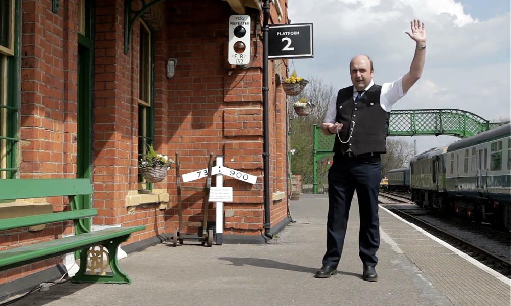 En Suède, une gare propose 2000 € par mois A VIE pour ne rien faire