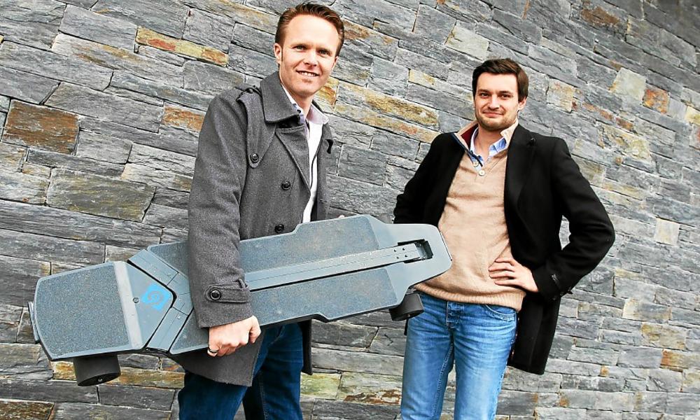 Ces Bretons ont inventé un skateboard électrique qui se transforme en trottinette