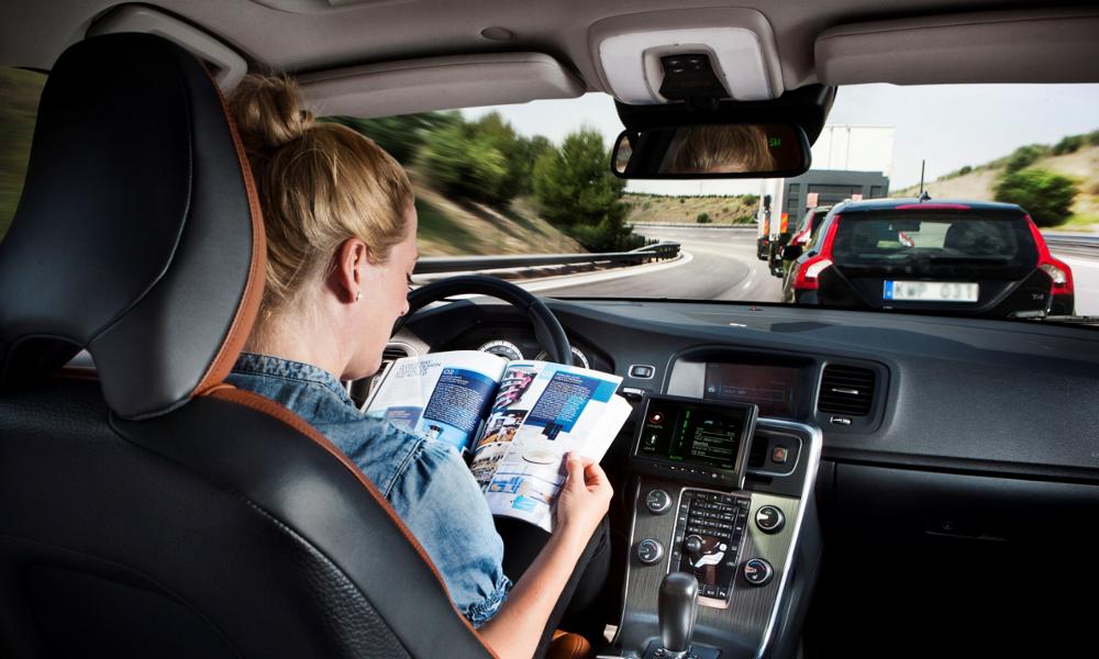 C'est voté : les voitures autonomes seront bridées à 60 km/h dès 2021