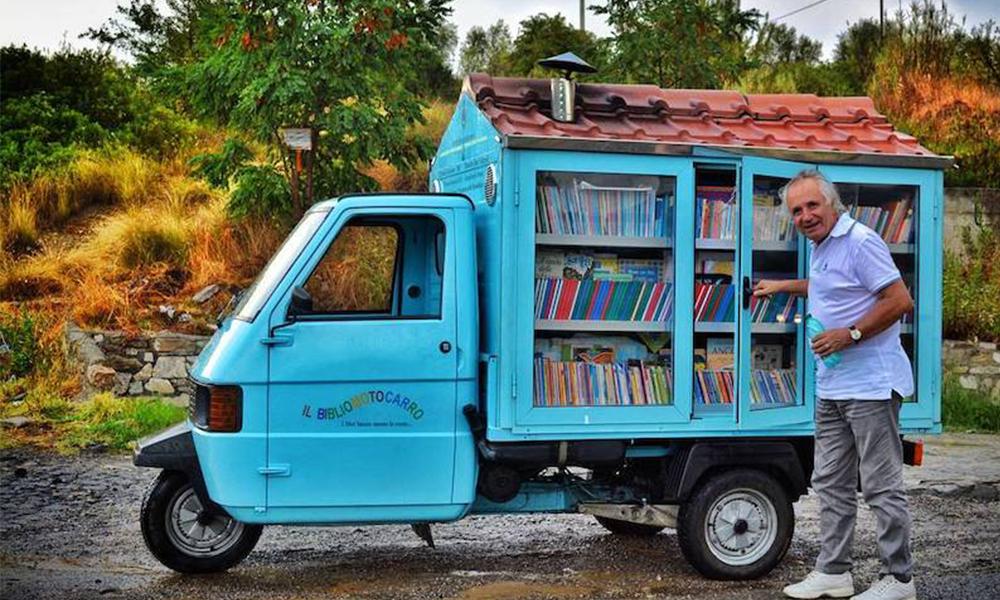Ce camion-librairie fait le tour de l'Italie pour donner aux enfants l'envie de lire