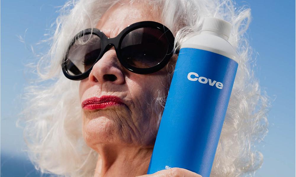 Pollution plastique : si vous jetez cette bouteille dans la mer, elle fond