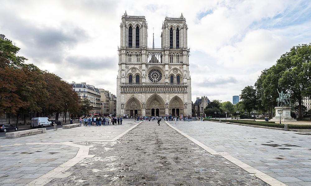 Le saviez-vous ? Toutes les routes de France partent de Notre-Dame