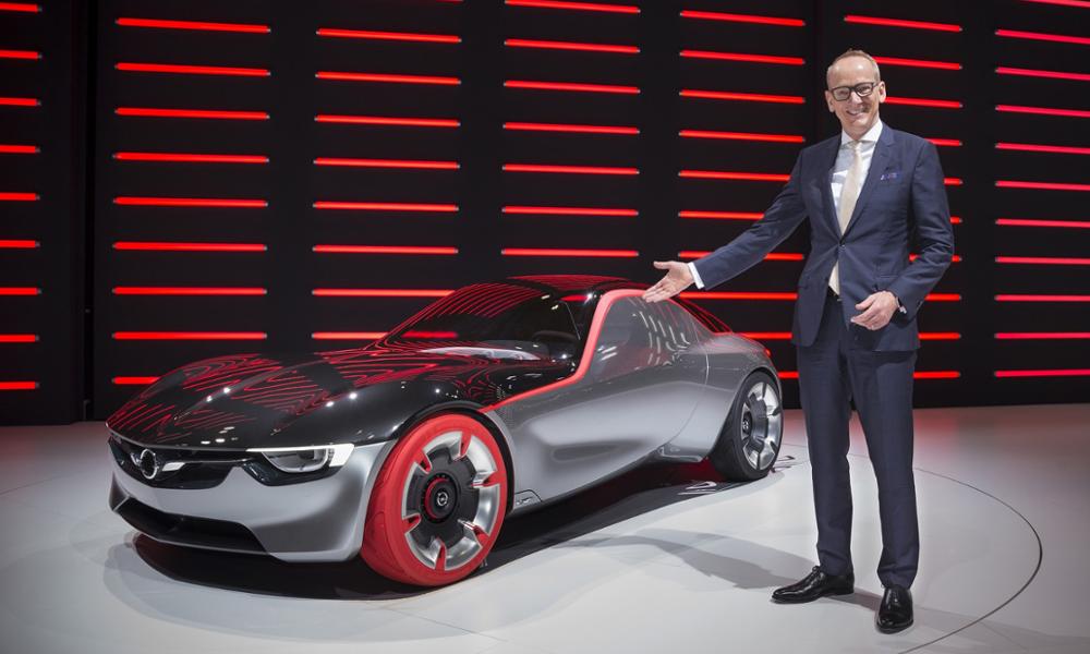 Une start-up vous propose de louer votre voiture électrique À VIE