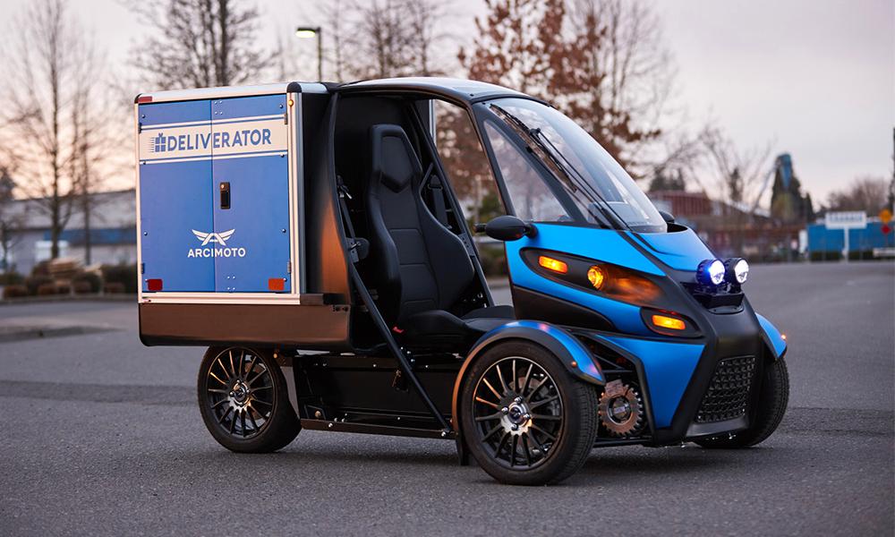 Des tricycles électriques pour remplacer les motos de livraison et les ambulances