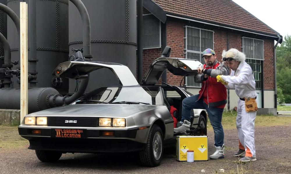 """Nom de Zeus: la voiture de """"Retour vers le futur"""" est à louer pour 150 €"""