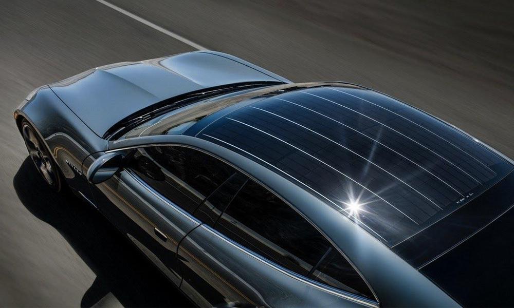 Des Hollandais inventent la voiture solaire qui se recharge toute seule