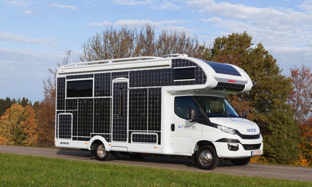 Rouler sans faire le plein grâce au premier camping-car solaire