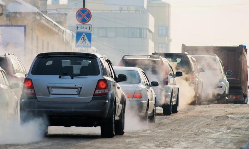 Les voitures à essence interdites en France d'ici 2040