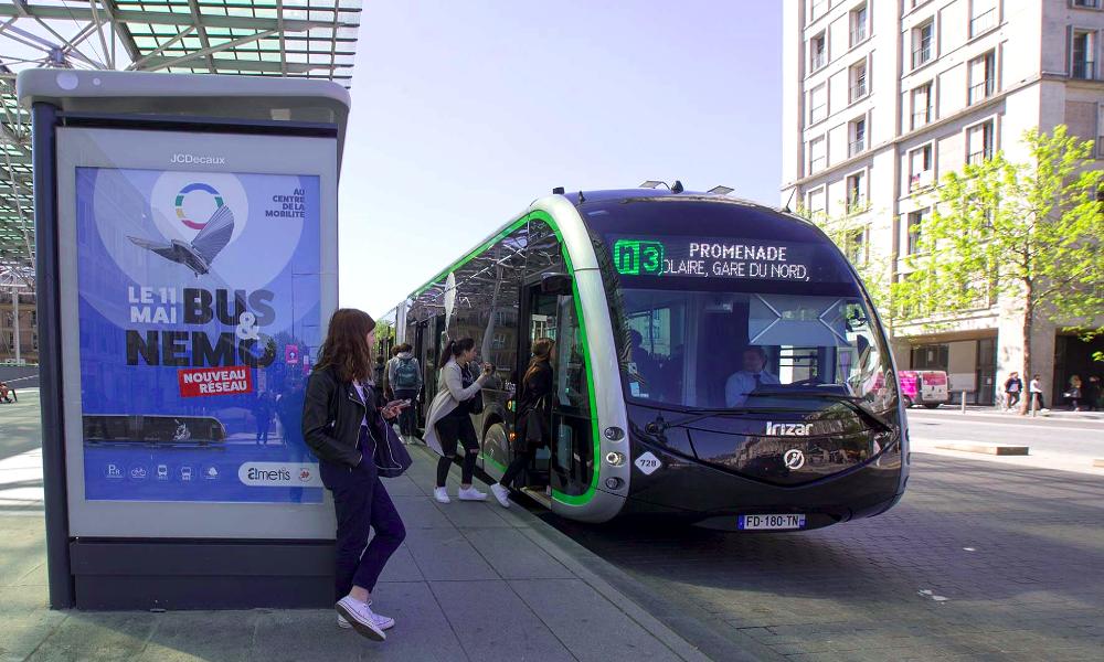 Amiens lance le plus important service de bus électriques en Europe
