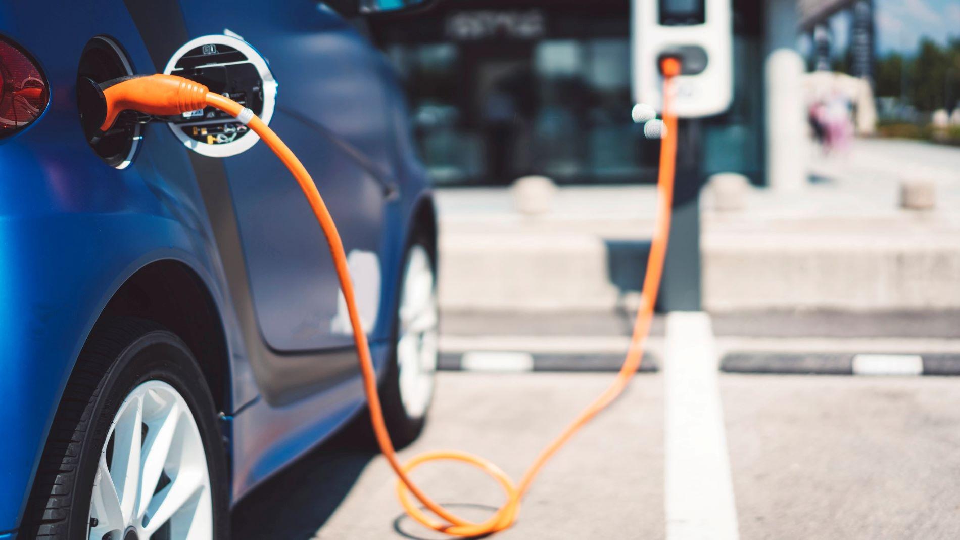 Convertir 50% des voitures françaises à l'électrique pourrait coûter 500 milliards d'euros