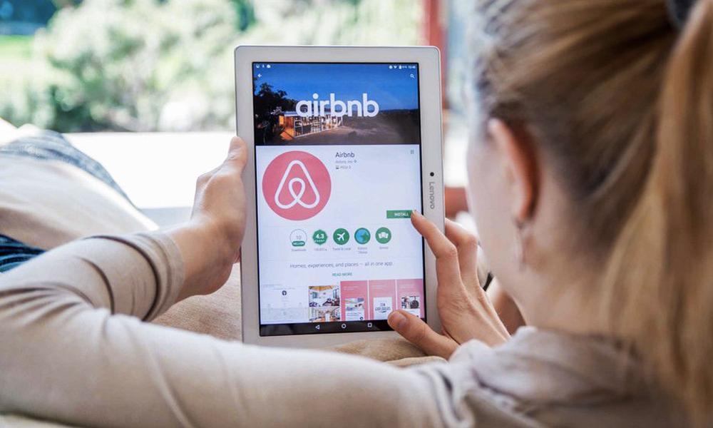 Airbnb se lance dans les voyages généalogiques