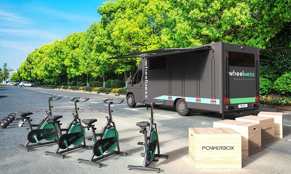 Ce camion transforme n'importe quel parking en salle de sport
