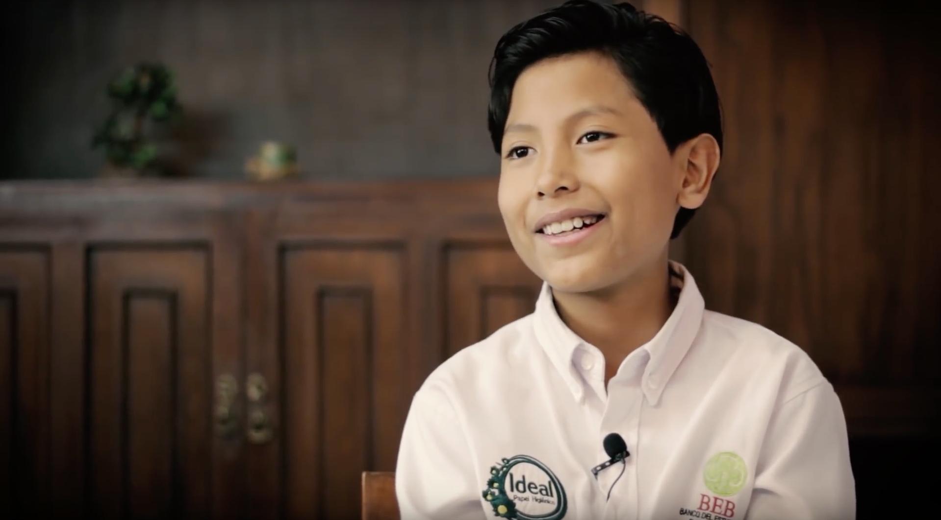 À 7 ans, ce Péruvien a créé une banque pour lutter contre la pollution