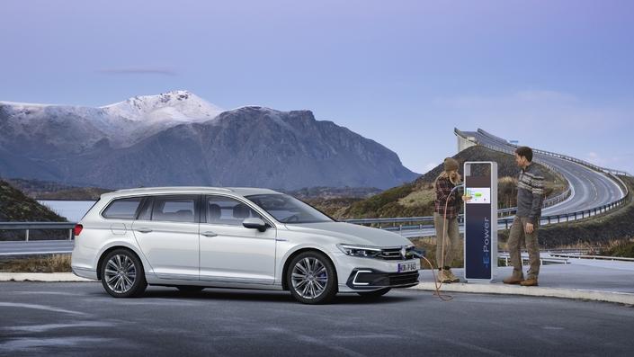 Du 11 au 14 juillet, les amoureux de voiture électrique ont rendez-vous au Salon de Val d'Isère