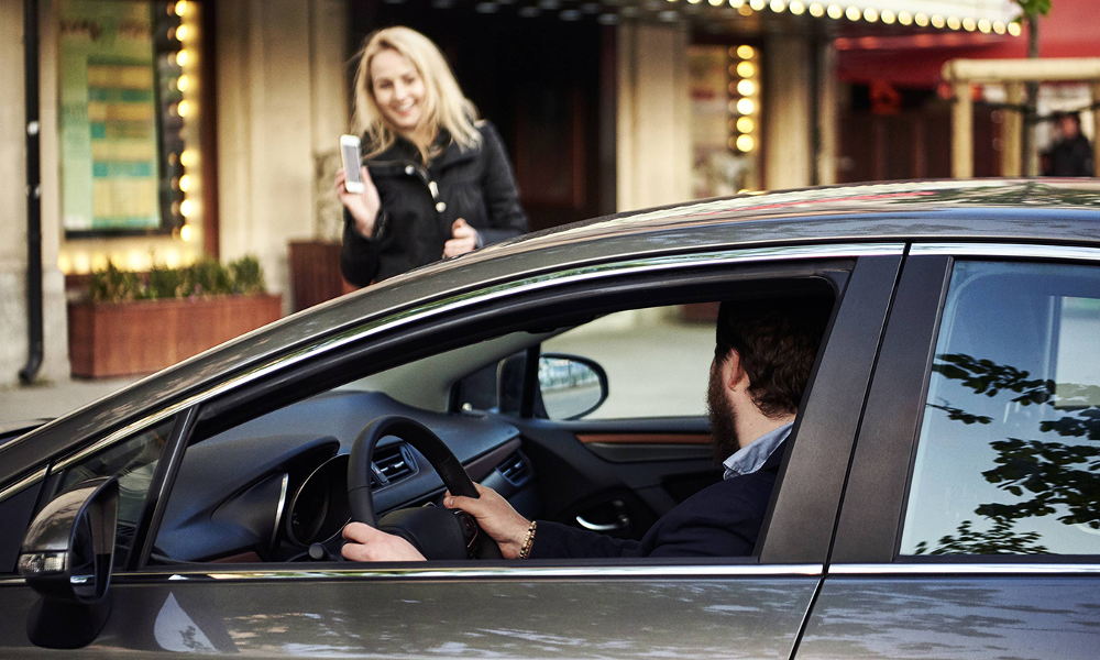 """COVID-19 : Uber lance """"Medics"""", un service d'urgence pour le personnel soignant"""