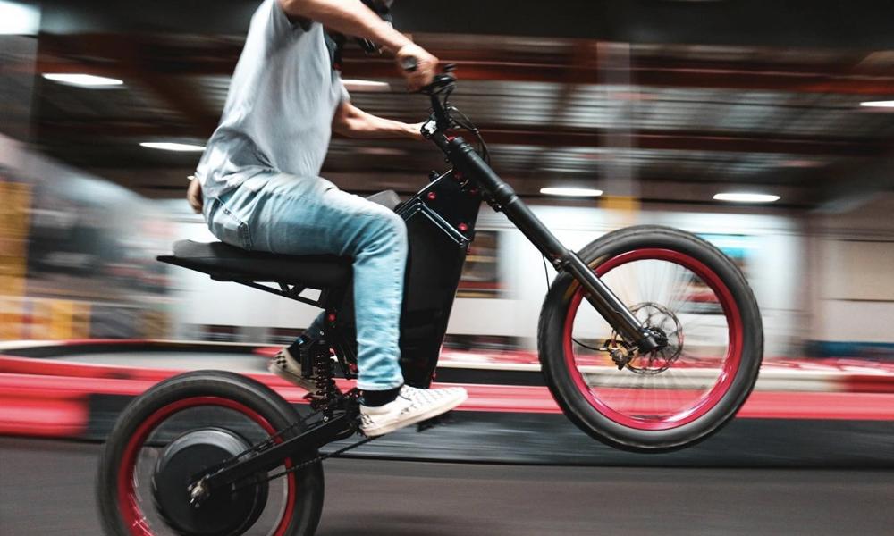 Passer de 0 à 80 km/h en 5 secondes en vélo électrique ? C'est possible avec Recon