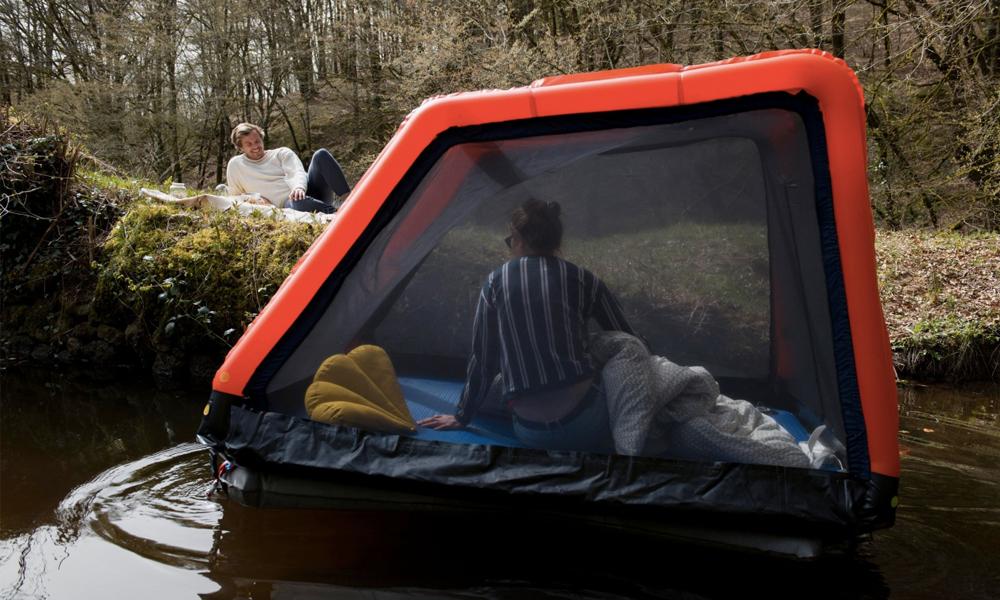 Sur l'eau ou dans les airs, avec cette cabane on peut dormir partout