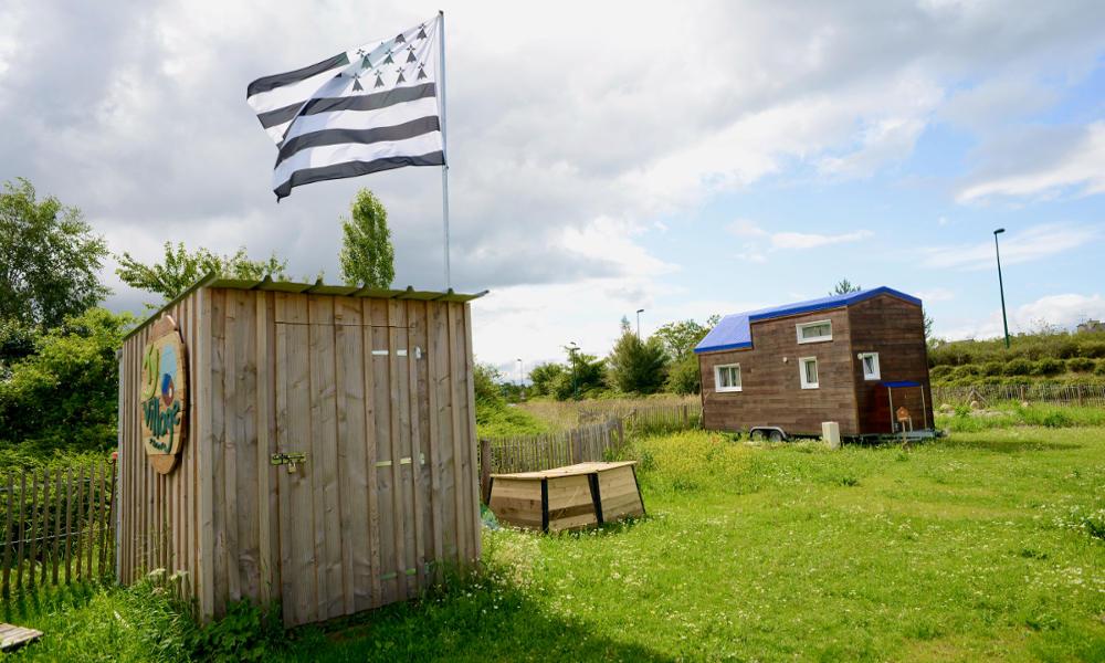 La Bretagne inaugure le premier village où l'on vit dans des micro maisons