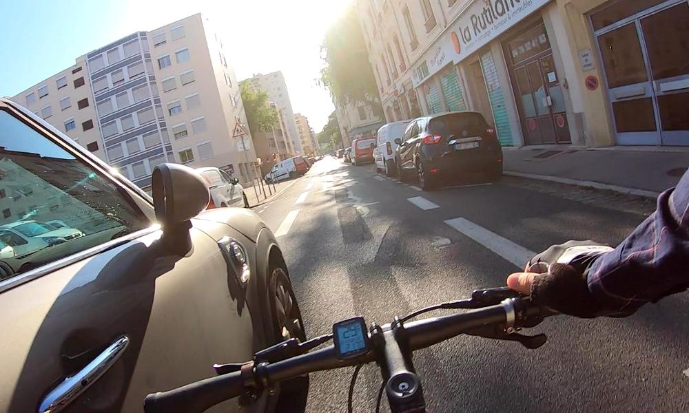 Le Canada invente le radar qui vous flashe si vous passez trop près d'un cycliste